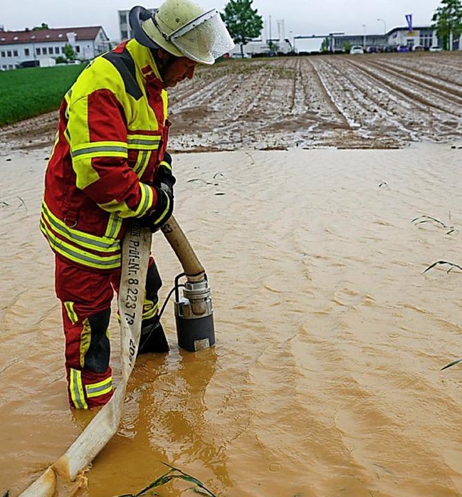 Überschwemmung in Filderstadt  | Foto: Sven Kohls (dpa)