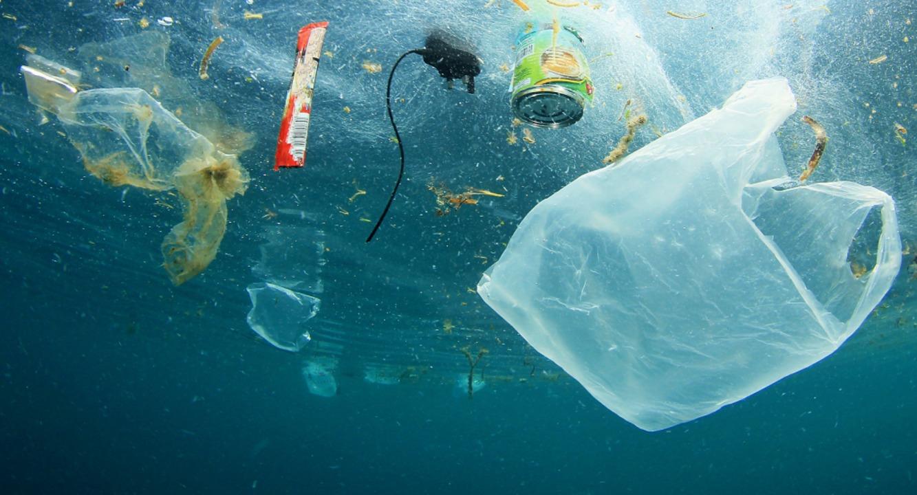 Die Flüsse bringen das Plastik in die Meere.   | Foto: Richard Carey - stock.adobe.com