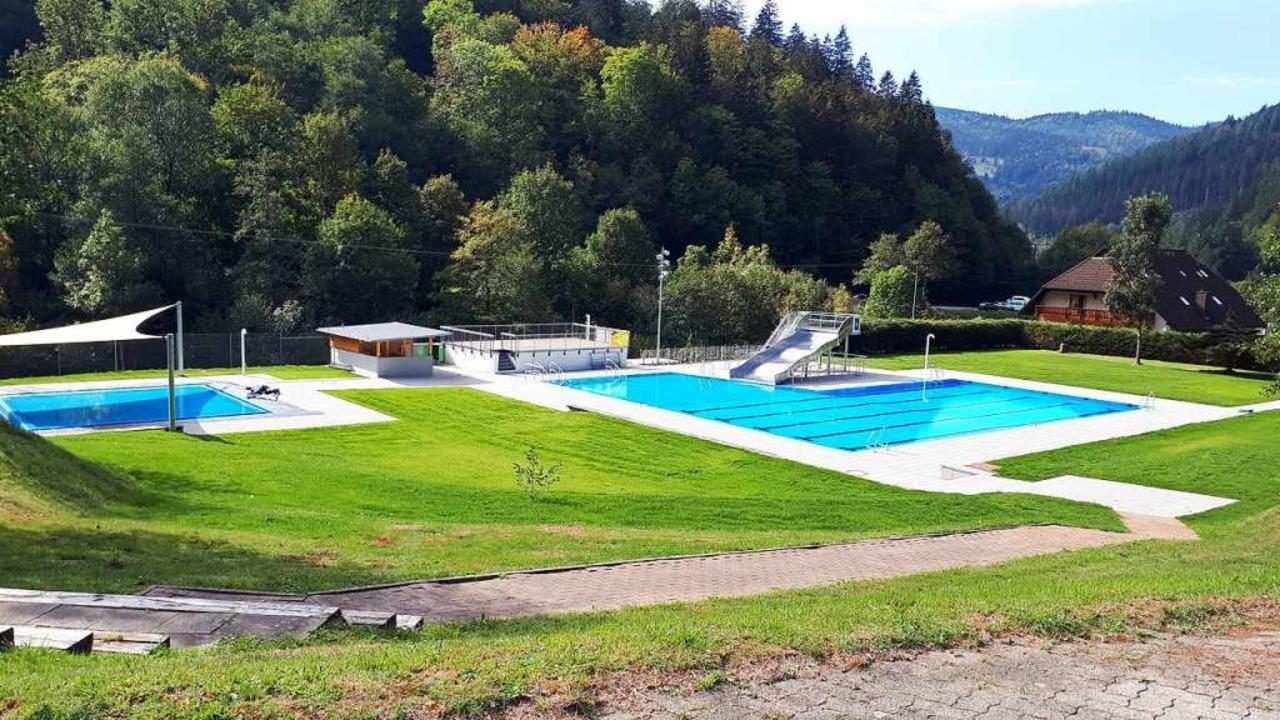 Das neue Freibad auf der Poche bietet am Samstag freien Eintritt.    Foto: Förderverein Schwimmbad Todtnau