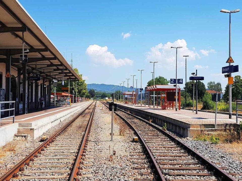 Wird ab 22. Juni 2019 aufgrund der Ele...n voll gesperrt: der Bahnhof Breisach.  | Foto: Sebastian Wolfrum