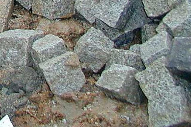 Statt Granit gibt's Beton in der Ortsmitte von Wittenweier