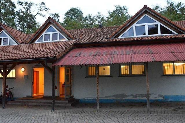 Landratsamt untersagt Nutzung des alten TuS-Heims, die Gemeinde legt Widerspruch ein