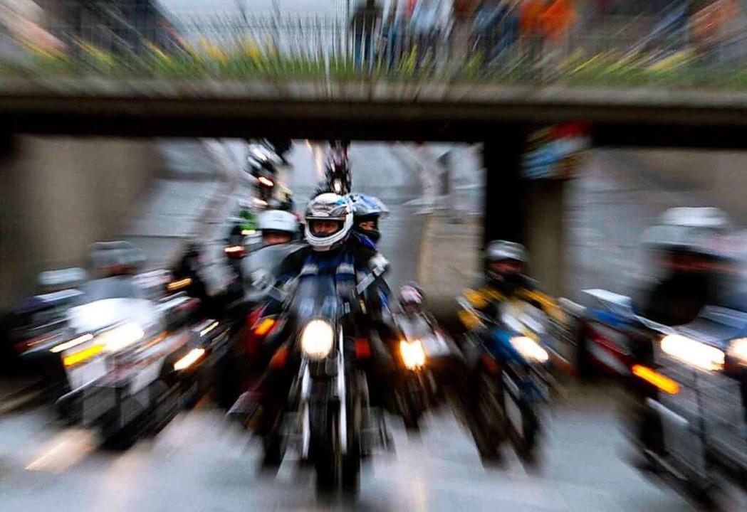 Warum sind Motorräder  oft lauter als Autos?  | Foto: Marcus Führer