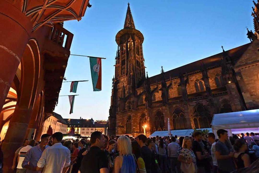 Feiern können die Freiburgerinnen und ...wa beim Weinfest auf dem Münsterplatz.  | Foto: Rita Eggstein