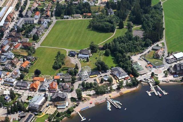Bürger sammeln über 1000 Unterschriften gegen Hotelpläne in Titisee