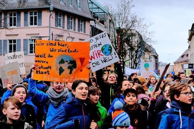Jetzt unterstützen auch die Großeltern die Klimastreiks in Lörrach