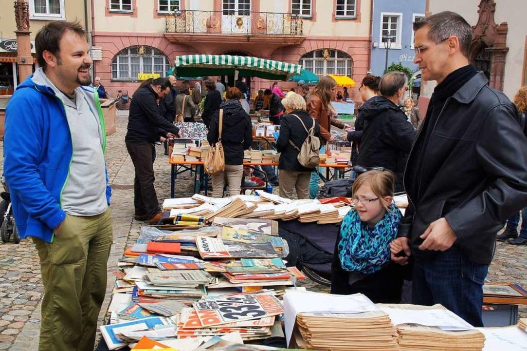 Seit 14 Jahren haben Händler und Besucher Spaß auf dem Endinger Büchermarkt  | Foto: Ilona Huege