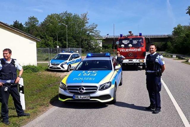 Spezialbenzin tropft aus Kesselwagen – Feuerwehr hat das Leck abgedichtet