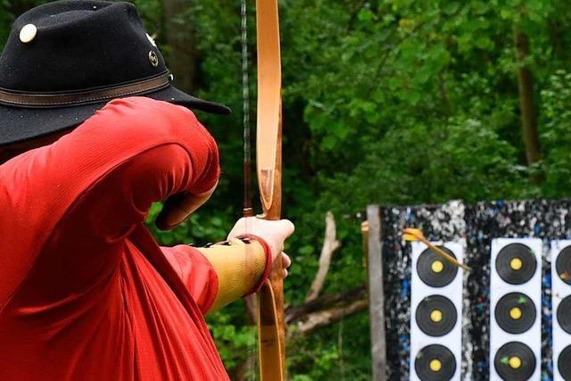In Denzlingen finden Kreismeisterschaften im Feldbogenschießen statt