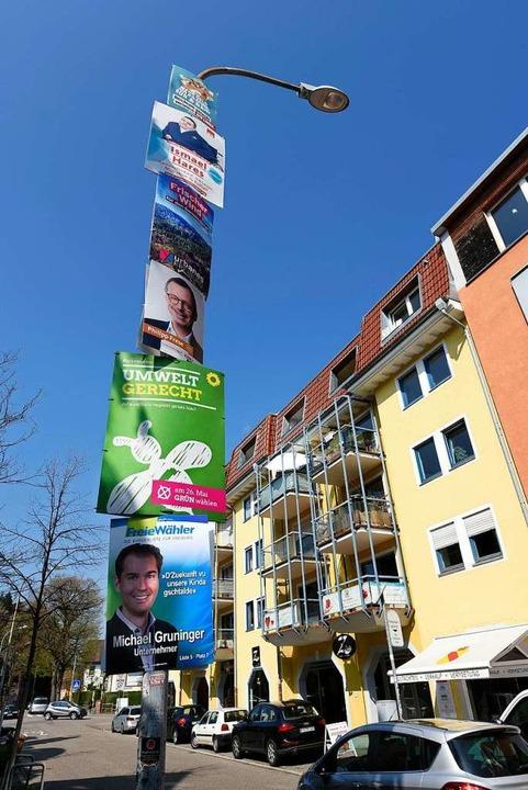 Wahlplakate-Flut: Mehr geht fast nicht.  | Foto: Thomas Kunz