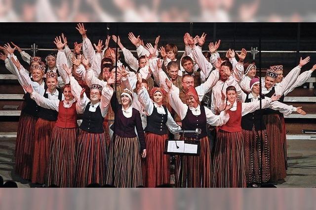 Sängerinnen und Sänger aus aller Welt zu Gast im Vogtsbauernhof
