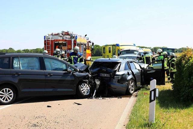 Unfall mit drei Verletzten auf der L 75 bei Ichenheim