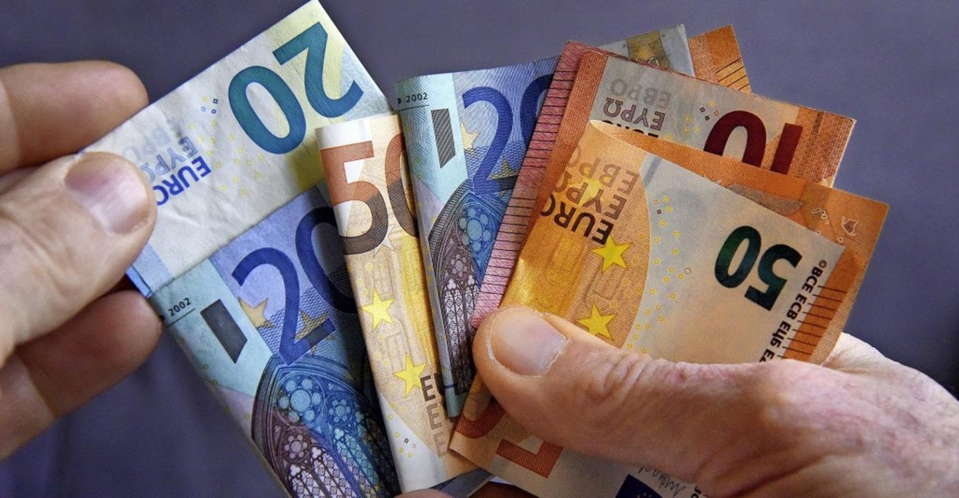 In Müllheim gilt derzeit eine Haushalt...ein Nachtragshaushalt erstellt werden.    Foto: Siegfried Gollrad