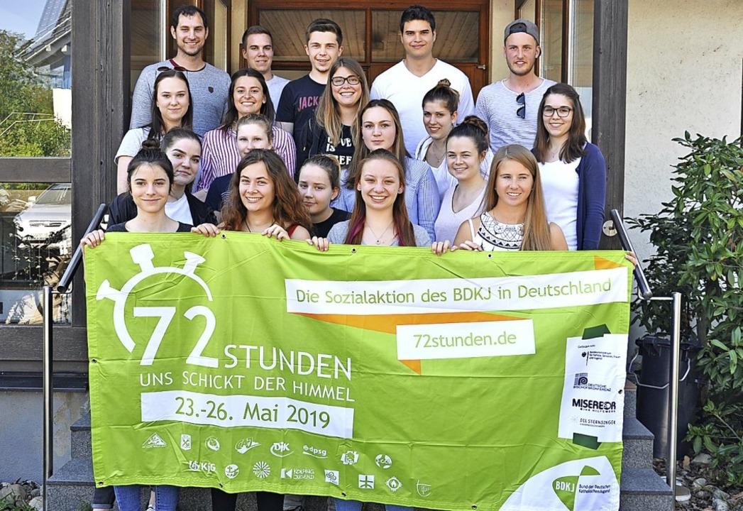 72 Stunden Zeit - die Kolping Jugend a... einen Grillplatz samt Pavillon bauen.  | Foto: Jutta Schütz