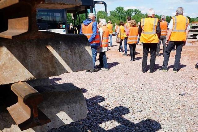 BZ-Leser erkunden die Baustelle der Breisgau-S-Bahn