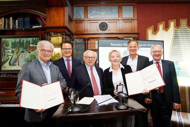 Die Hubert-Burda-Stiftung ehrt Loretta Bös und Axel Richter