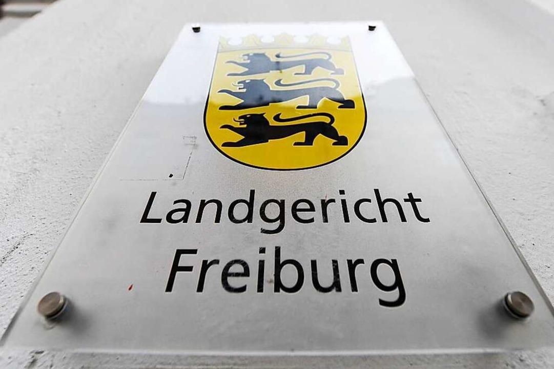 Der Prozess am Freiburger Landgericht weckt ein großes Medieninteresse.  | Foto: Patrick Seeger