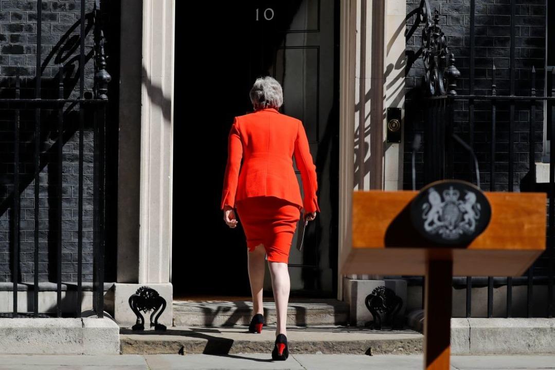Theresa May verlässt bald ihren Posten.  | Foto: TOLGA AKMEN (AFP)