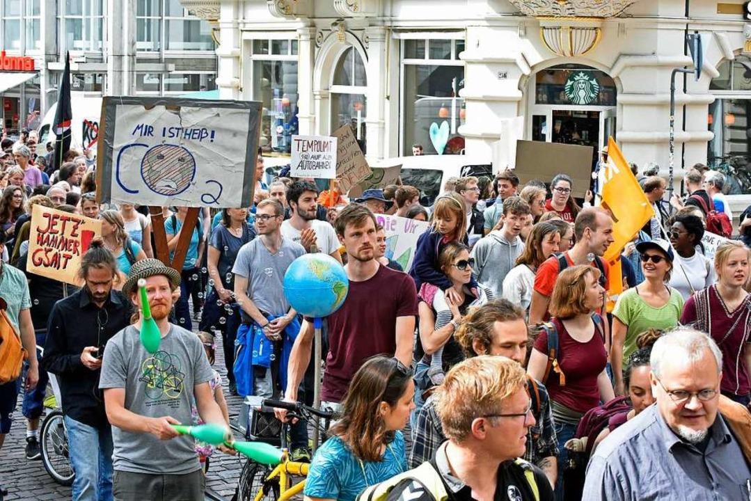Bei Fridays for Future sind nicht nur ... Bundestagsabgeordneter für die Linke.  | Foto: Michael Bamberger