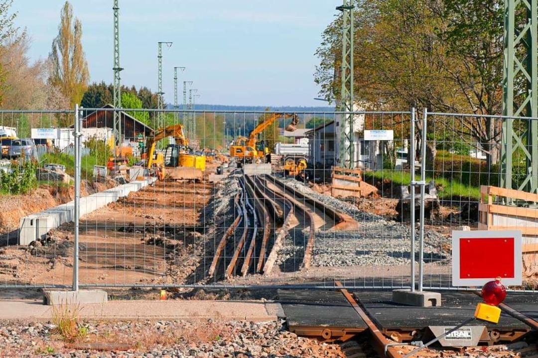Der Bahnhof in Löffingen ist zur Zeit eine Baustelle.    Foto: Martin Wunderle