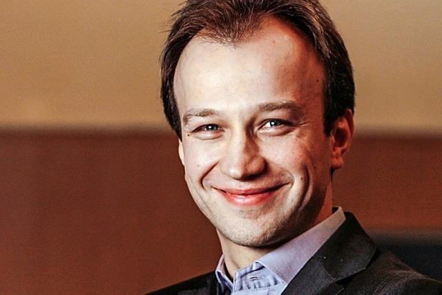 Bogdan Vaida präsentiert Klavierrecital in der Buchhandlung Buch & Café in Laufenburg