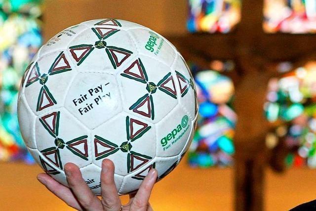 SC-Präsident Keller und Oberkirchenrat Kreplin analysierten Gemeinsamkeiten von Fußball und Kirche