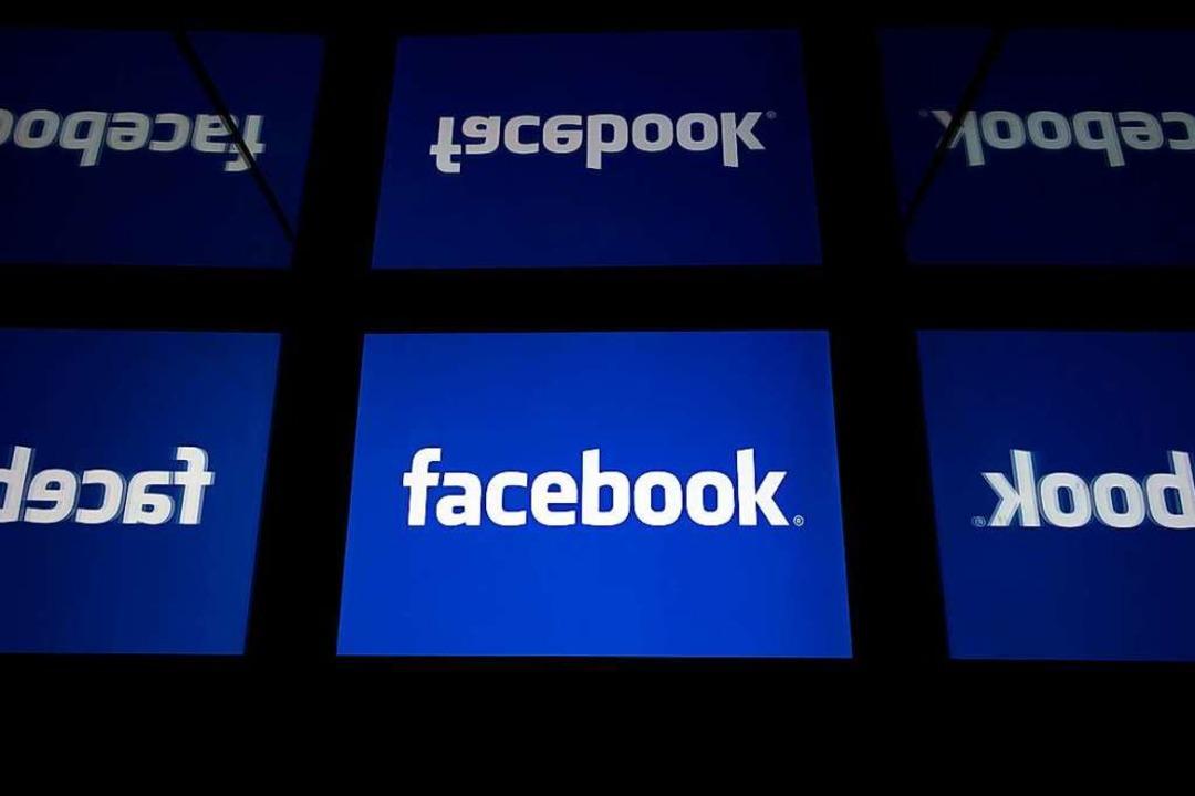 Facebook speichert die Nutzerdaten nic... das weiß man auch im Europaparlament.  | Foto: LIONEL BONAVENTURE (AFP)