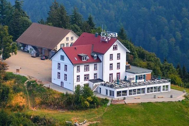 Blauenhaus auf dem Gipfel des Markgräfler Hausbergs hat drei neue Pächter