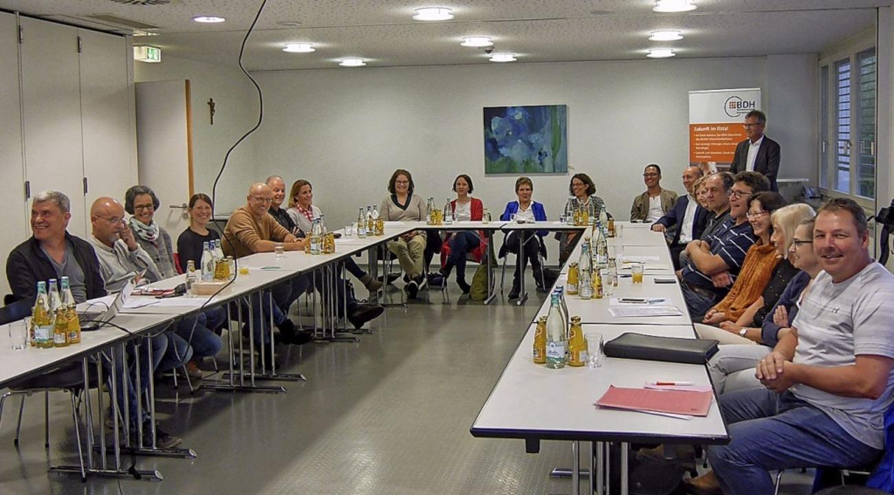 Die Zweitäler Ärzte- und Psychotherape...raf sich in der BDH-Klinik Waldkirch.   | Foto: BDH
