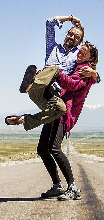 Flora Wenczel und Josef Weis auf einer... durch die endlosen Weiten Kirgistans     Foto: privat