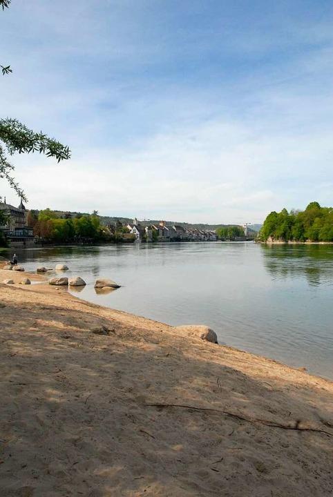 Das Ufer lädt ein, den Picknickkorb auszupacken.   | Foto: Leony Stabla