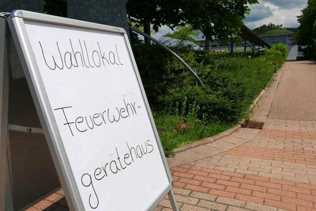 Der Weg zum Wahllokal    Foto: Hans-Peter Müller