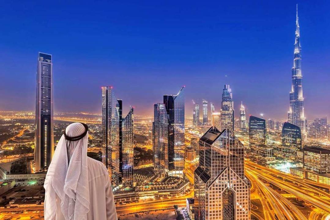 Die Skyline von Dubai: moderne Märchenkulisse des Orients    Foto: samott – Fotolia