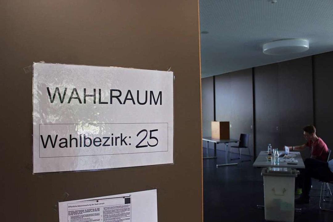 Die Turnhalle in Tumringen: Hier wählt Bezirk 25.  | Foto: Joshua Kocher