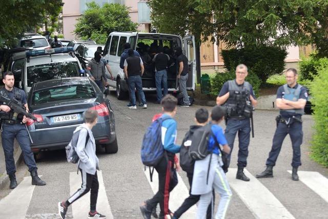 Polizei nimmt vier Verdächtige nach Explosion von Lyon fest