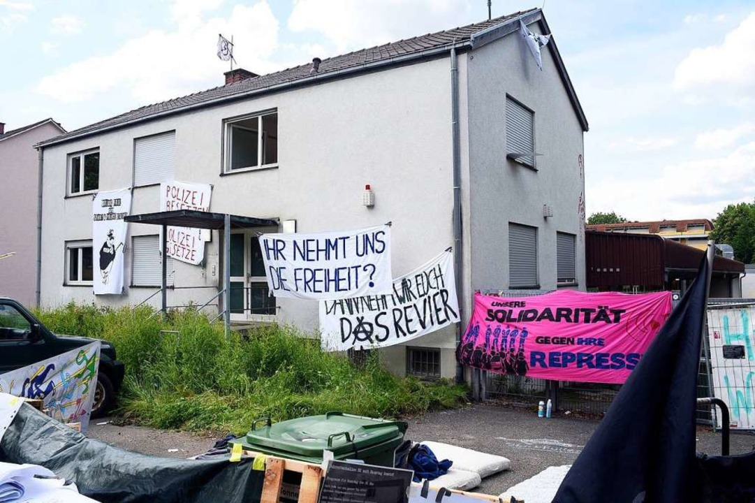 Das Gebäude in der Fehrenbachallee 52 war zwei Tage lang besetzt.  | Foto: Thomas Kunz