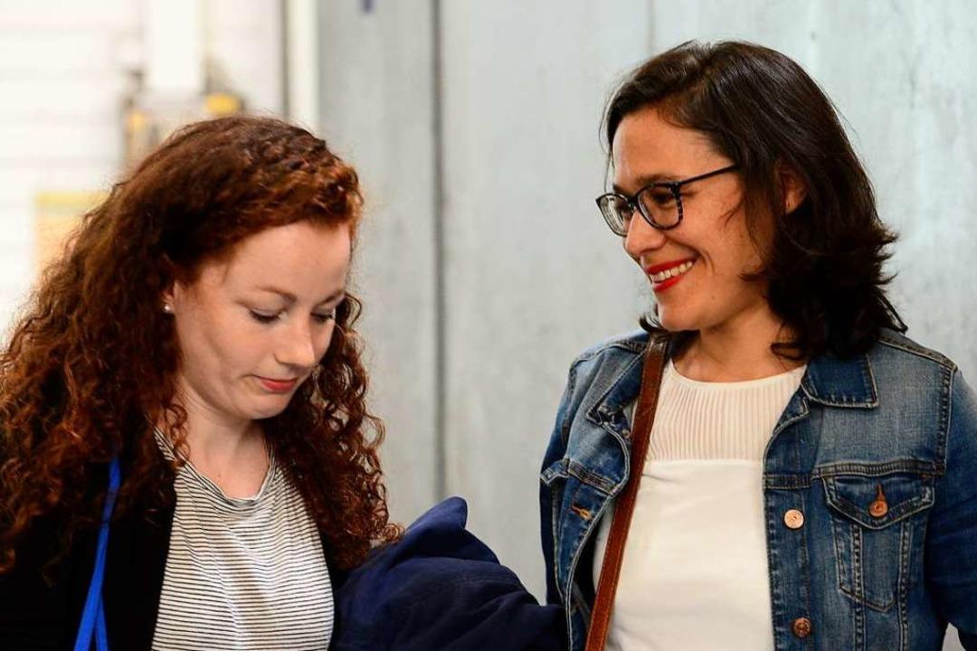 Julia Söhne (links) und Nadyne Saint-C...ft. Die SPD musste Verluste hinnehmen.  | Foto: Ingo Schneider