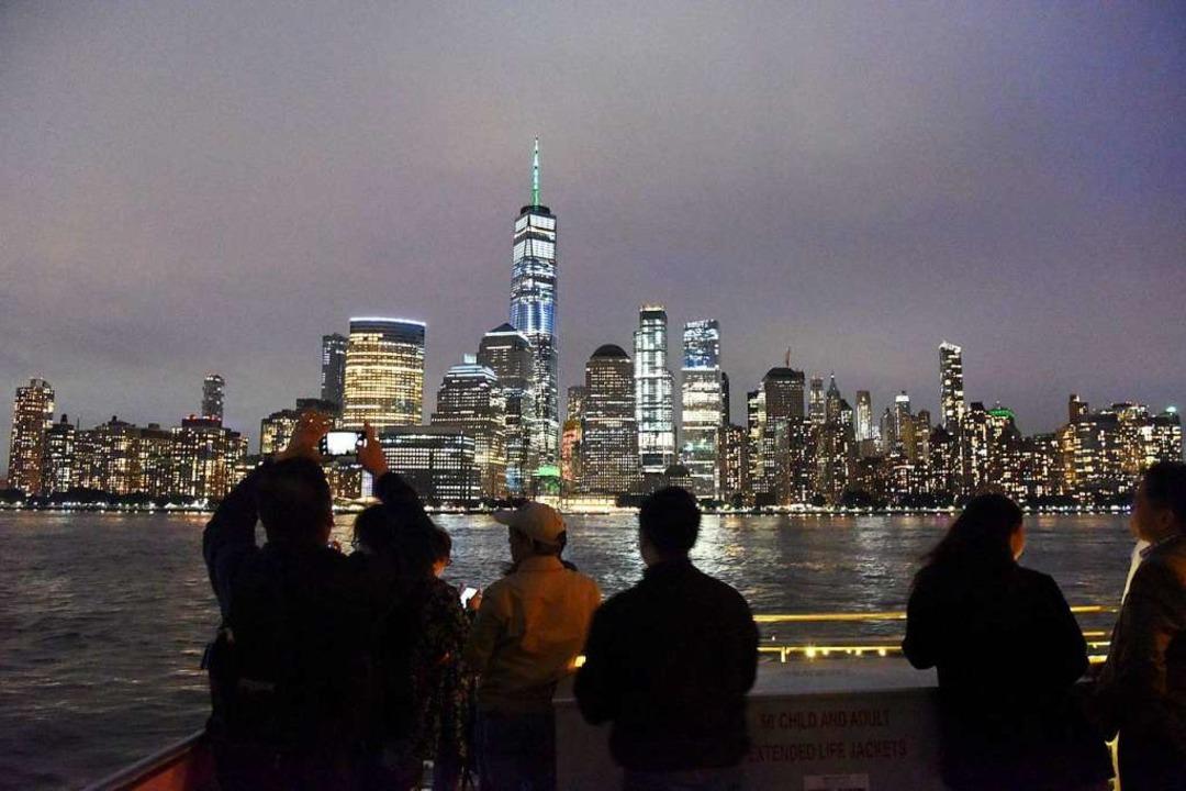 Dünne, lange Hochhäuser prägen das neue Stadtbild New Yorks.  | Foto: Han Fang (dpa)