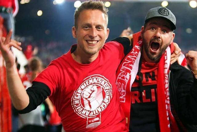 Fotos: So feierte Union Berlin den Aufstieg in die erste Bundesliga gegen Stuttgart