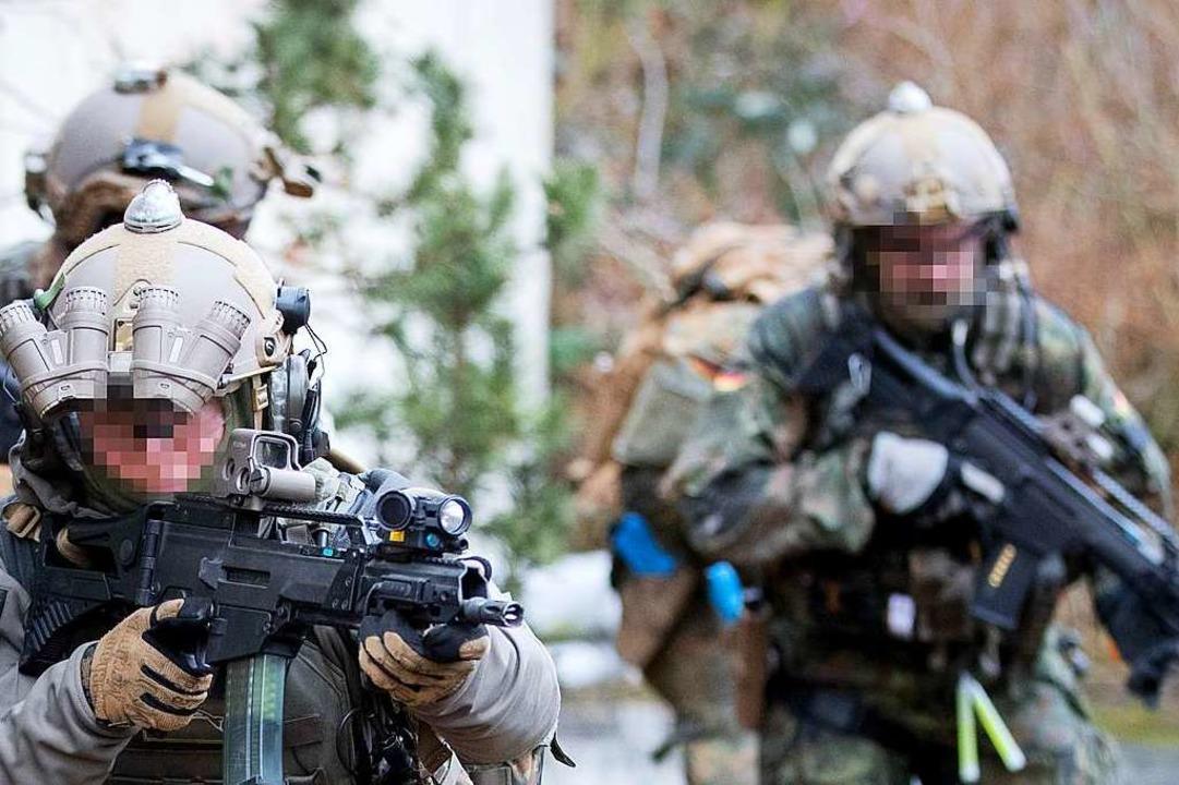 Rechtsextreme Vorkommnisse bei der Bun...t der Militärhistoriker Wolfram Wette.  | Foto: Kay Nietfeld