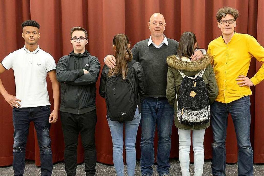 Beim Kulturagenten-Projekt an der Albe...echts: Schulleiter  Joachim Diensberg.  | Foto: Ingo Schneider