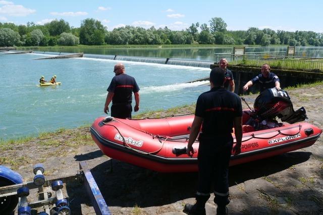 Nach Schlauchboot-Unglück auf dem Rhein: Suche nach kleinem Mädchen unterbrochen