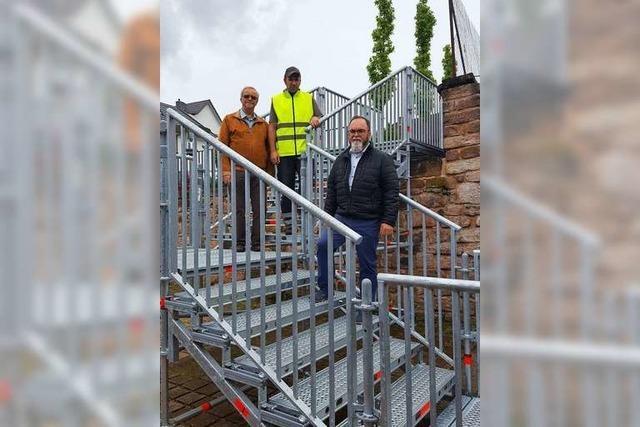 Eine Treppe in der Ortsmitte soll für mehr Sicherheit sorgen