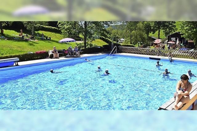 Saisonstart für Schwimmbad
