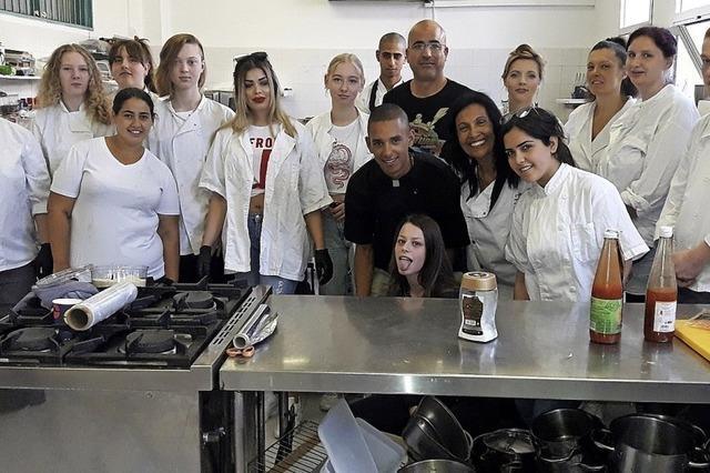 Die Catering-Gruppe des Jugendhilfswerks flog zu einem Galadinner nach Tel Aviv
