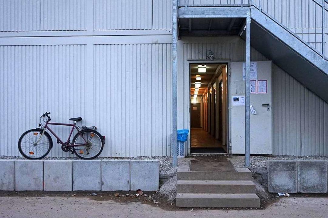 Von 245 auf 386 Euro im Monat wurde di...n Platz in einem Wohncontainer erhöht.  | Foto: Klaus Schweizer