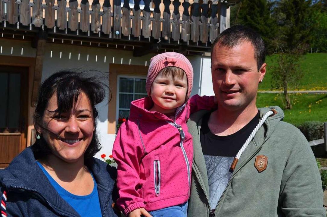 Dagmar, Ronja und Harald Riesterer vom Hansemichelhof  | Foto: Gabriele Hennicke