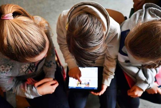 Warum müssen Kinder im Internet aufpassen?