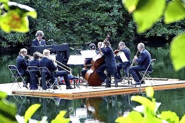 Stuttgarter Saloniker spielen Wassermusiken