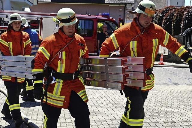 Wettkampfgruppe zeigt schnelle Rettung